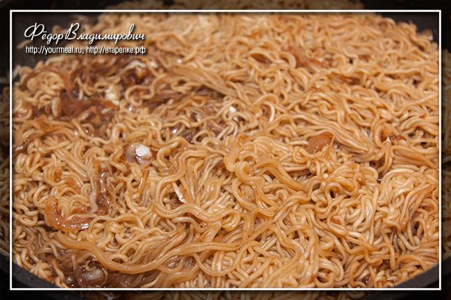 Китайская лапша. Разновидность якисоба.