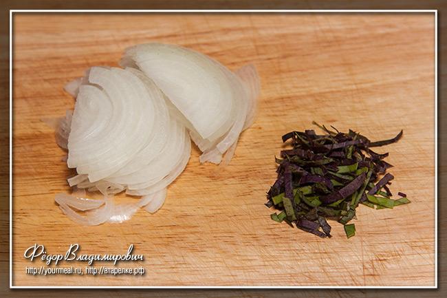 Панцанелла. Салат из помидоров с хлебом