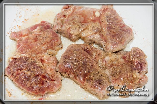 Свинина с соленым огурцом