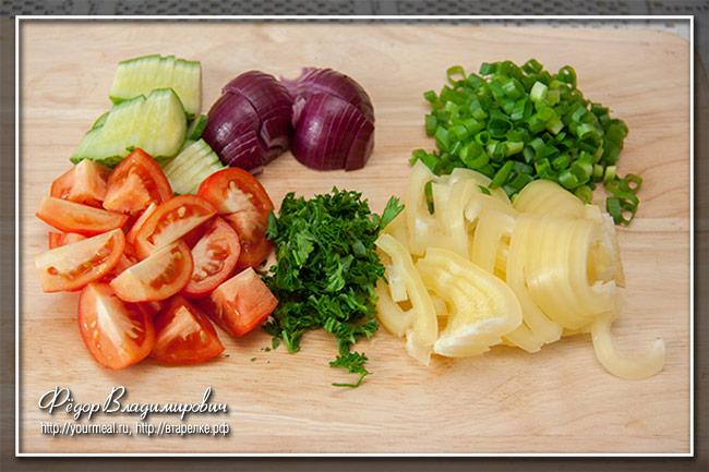 Салат с жареной кукурузой