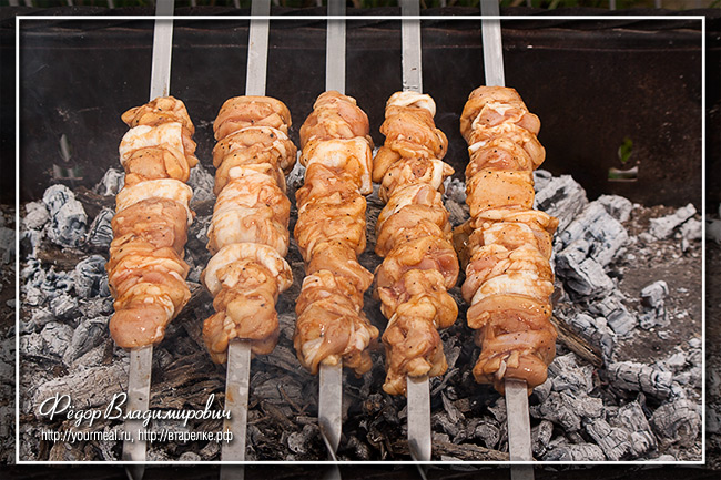 Филиппинский шашлык из курицы