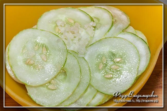 Словацкий салат из огурцов