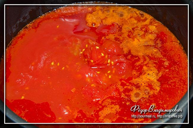 Сосиски в томатном соусе