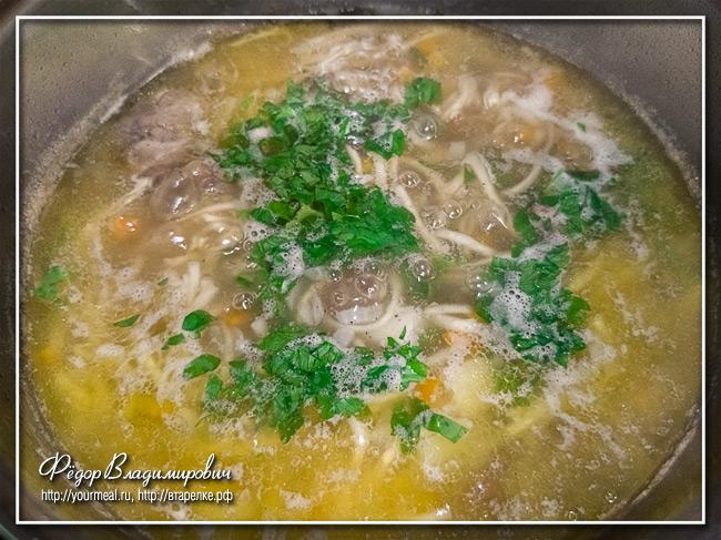 Простой и быстрый суп из тушенки